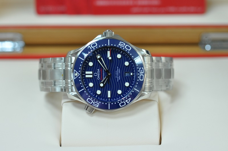 New Seamasater Diver Co-Axial  (Blue)