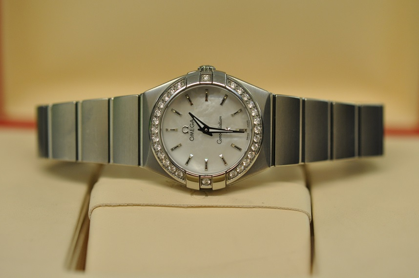 2011 Constellation diamond bezel
