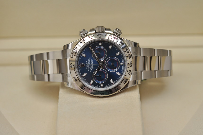 18ct white gold Daytona blue