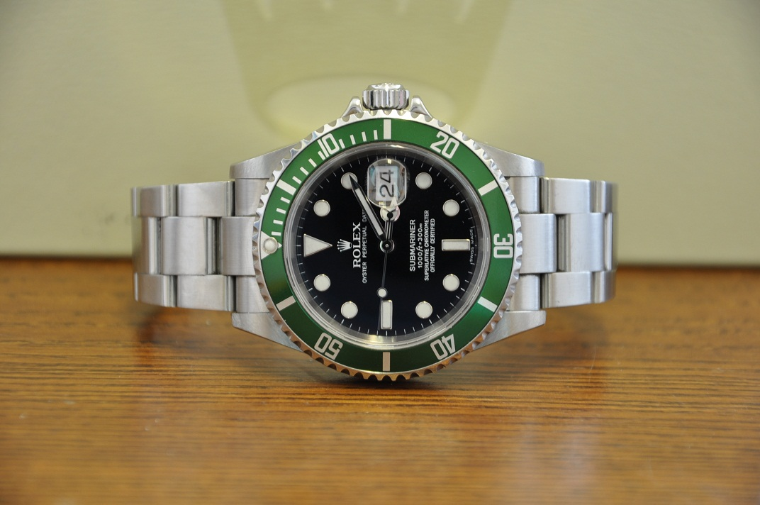 2006 Submariner Date 16610LV