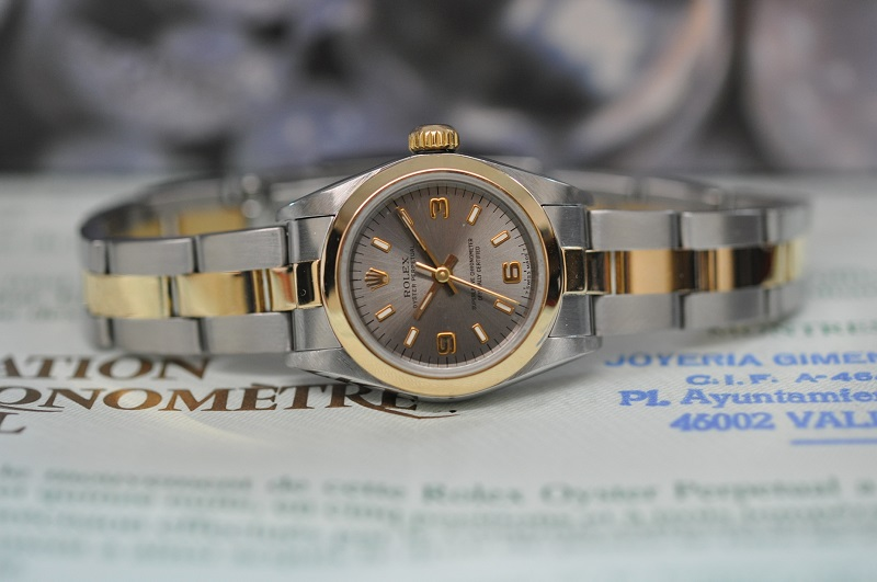 Steel/Gold Oyster
