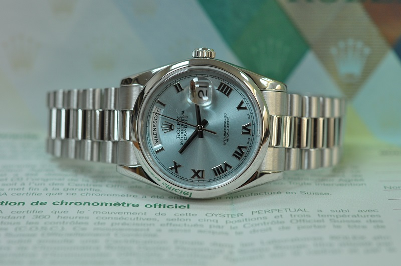 2008 Platinum Day-Date