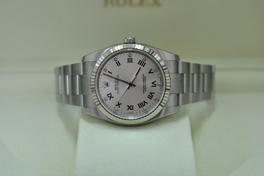 2009 Rolex Oyster diamond dial