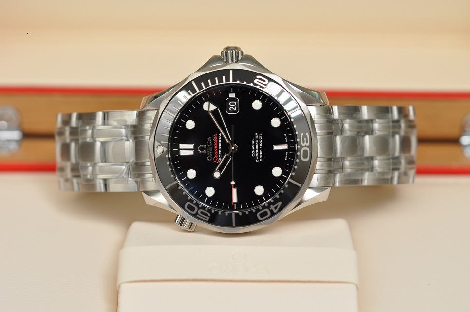 New 2019 Seamaster Diver 300M Black