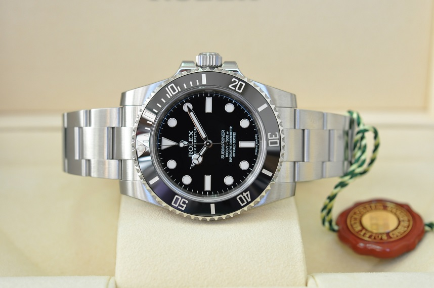 New 2015 Submariner