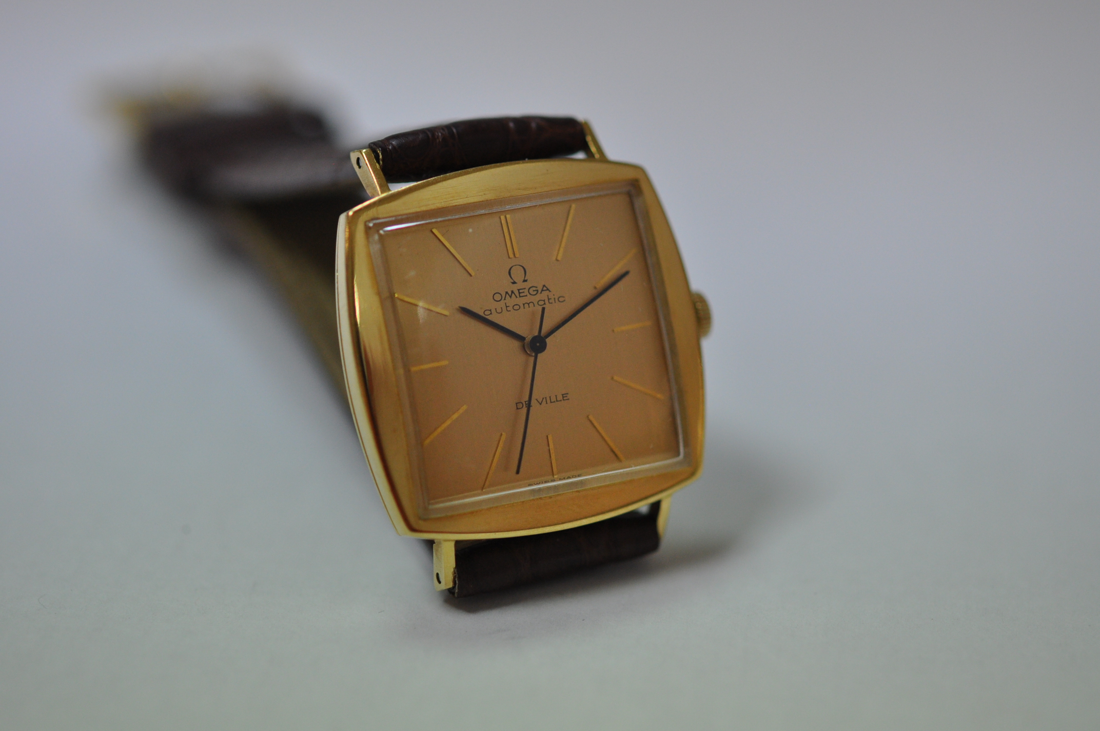 1966 18ct gold DeVille automatic
