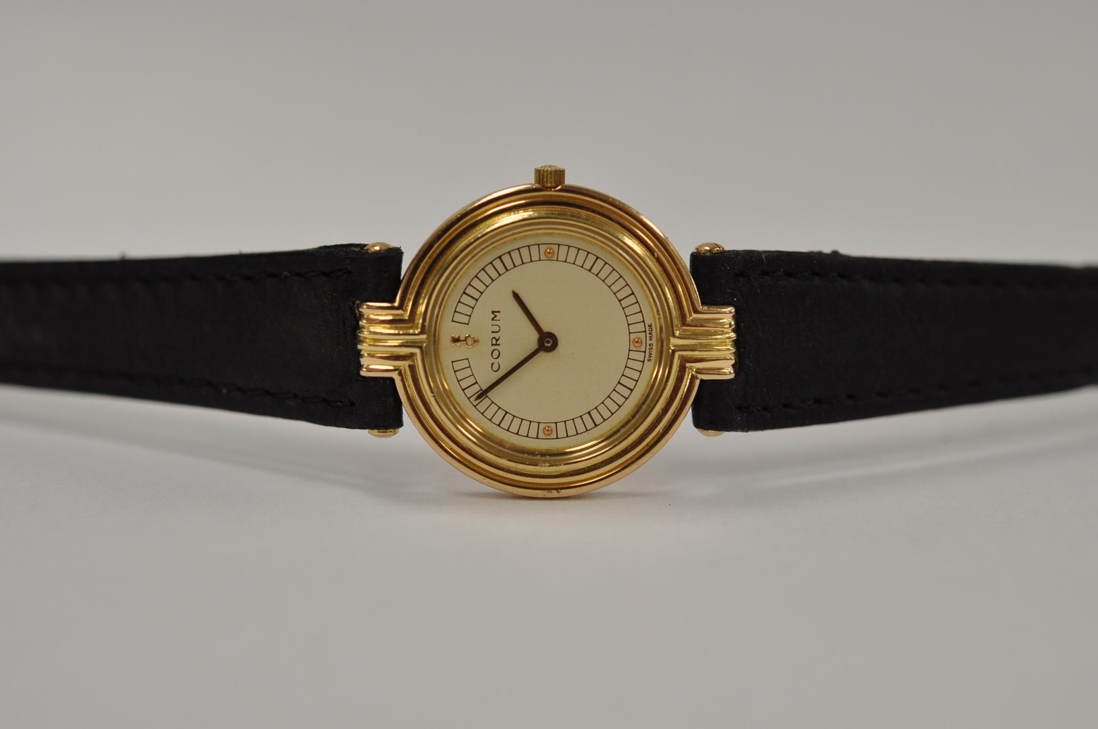 18ct gold Corum Classique
